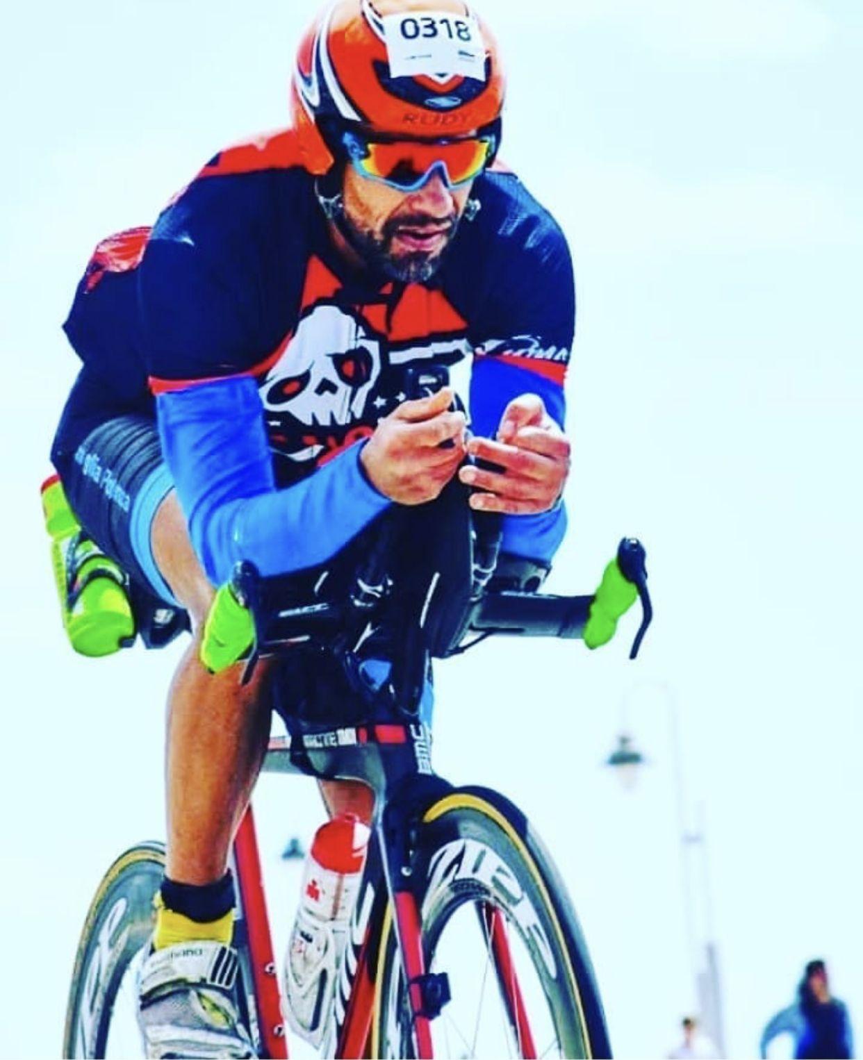 Repost @famigliapotenza #TTT do Pedal do Ironman Mar del Plata..180kms🚴 de muito frio e vendaval insano!! #ironmanmardelplata #famigliapotenza