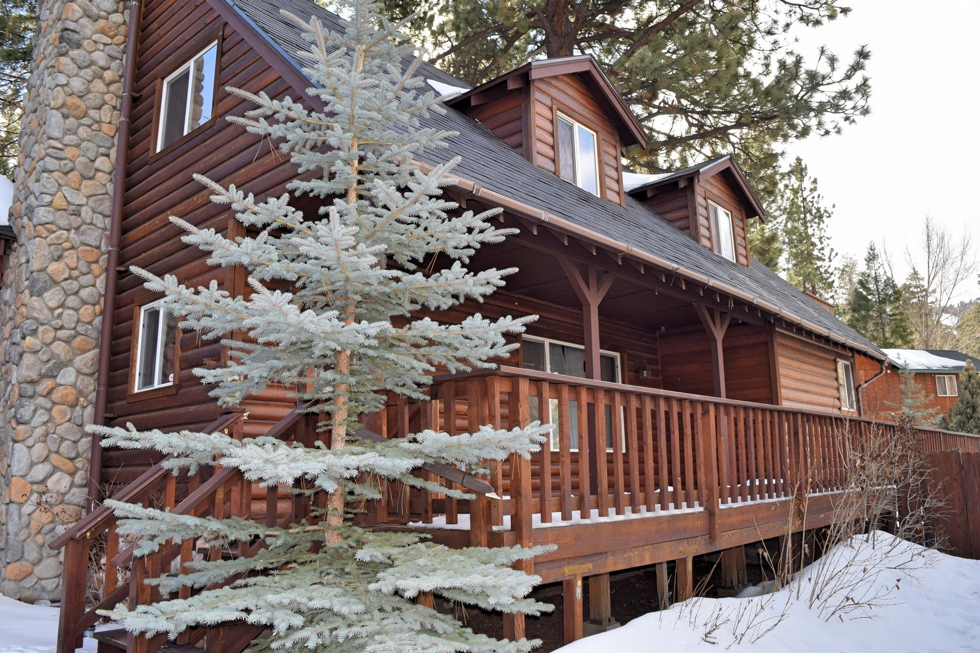 Great Cabin Rental In Big Bear Lake For Your Next Winter Vacation