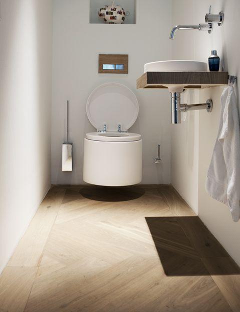 Eiken vloer in Amsterdam, eikenhouten vloer in de badkamer van een ...
