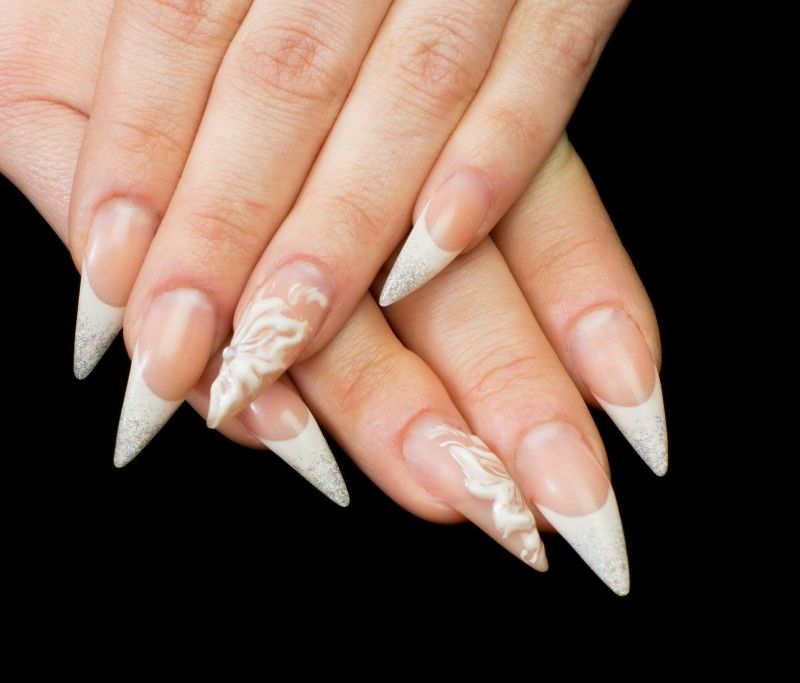 Ongle gel french forme stilletto blog beaut pinterest image ongle forme ongle et blog beaut - Forme d ongle ...