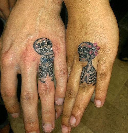 Calaveras Para Una Pareja Tatuajes De Anillo De Boda Tatuajes A