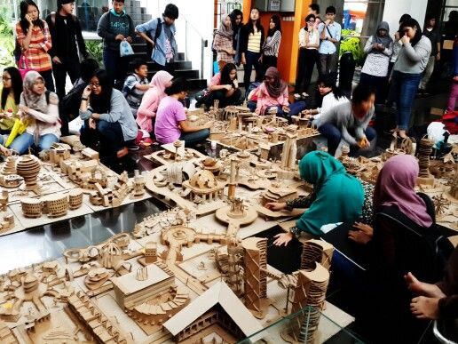 (THE PREPARATION) Floating City - Proyek Kolaborasi Arsitektur-Arsitektur Interior Universitas Indonesia 2014