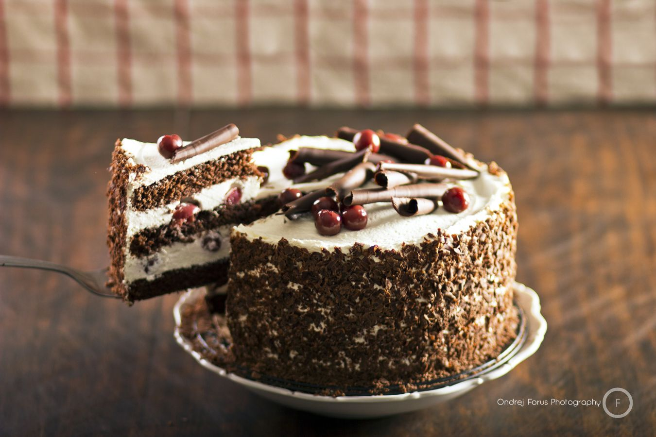 Koláče a torty : Čokoládovo-višňová torta | Štúr Cafe