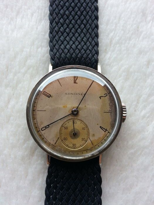3daf1db3e09 Impossible to find Longines Calatrava Efco with fixed lugs – Cal. 1268 z  from 1939 – All parts original (excluding strap). A splendid manual wind…