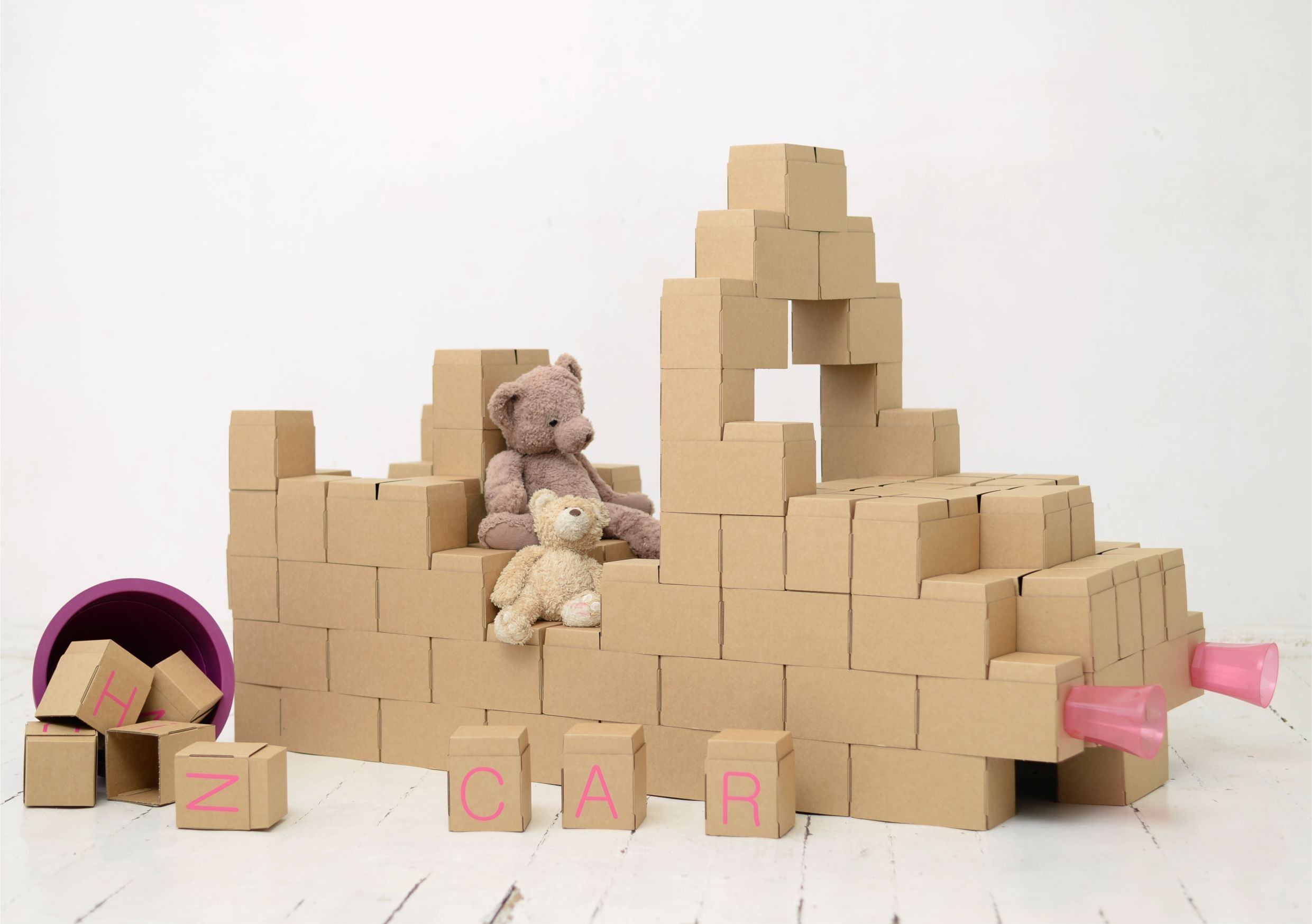 GIGI BLOKS is a set of oversized building blocks