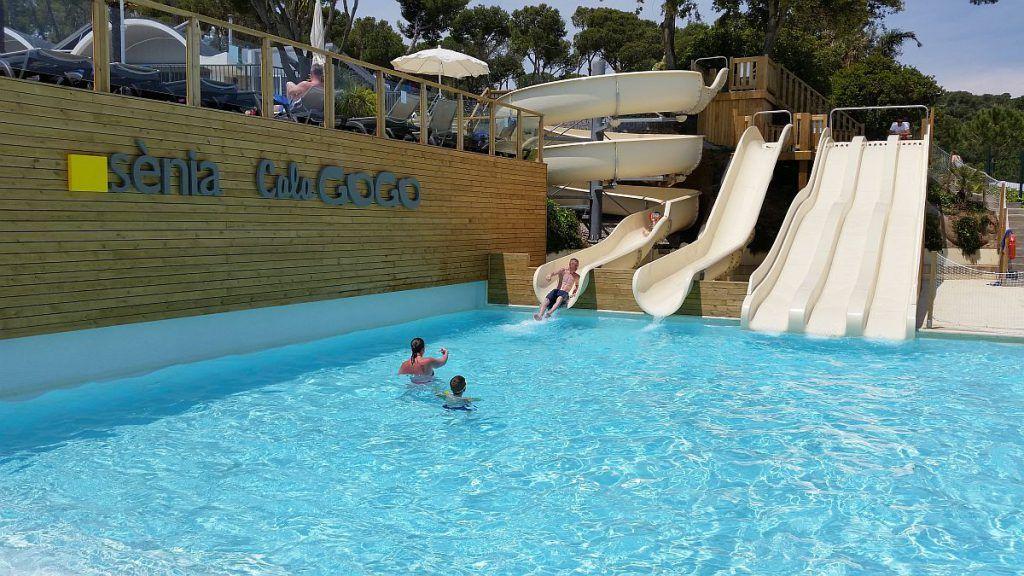 Camping Calagogo Turismofamiliar Familias Familiasnumerosas Verano Vacaciones Girona Http Familiayturismo Com Experiencia Ca Camping Strand Het Strand