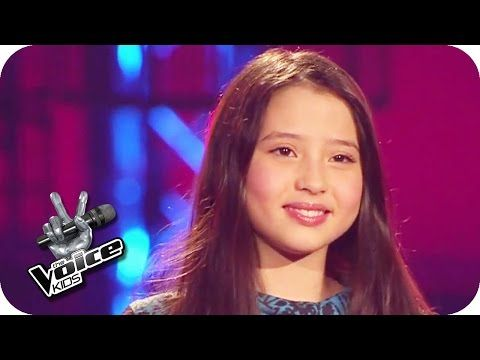 Kate Bush: Wuthering Heights (Alina) | The Voice Kids 2015 | Blind