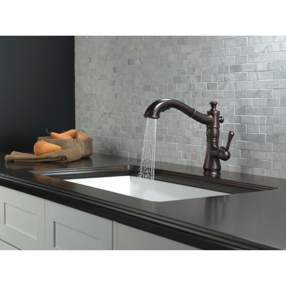 Delta Faucet 4197-AR-DST Cassidy Arctic Stainless Pullout Spray ...