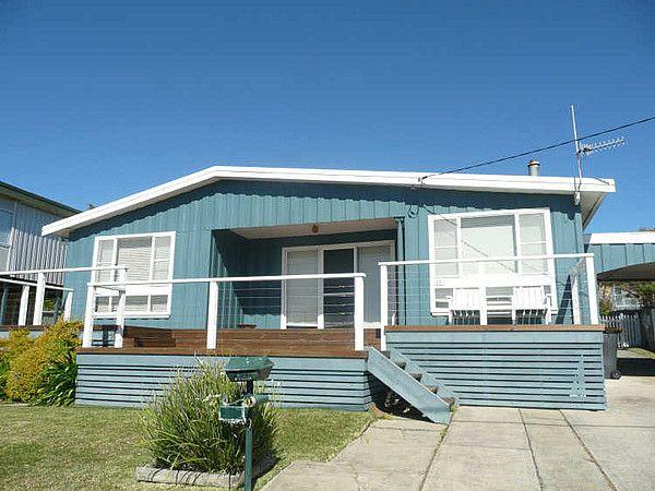 Classic Aussie Beach House Colours Beach House Exterior
