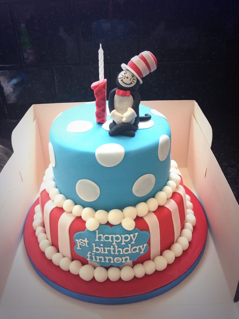 Finnens first birthday cake Dr Seuss Cat in the hat cakesss