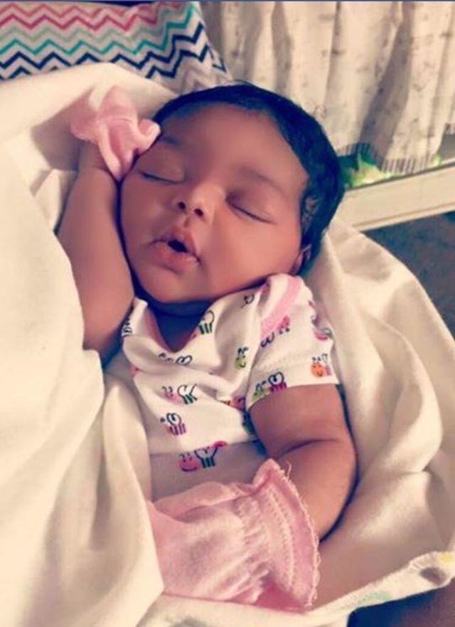 Noblesville Newborn Photography with Tilly - Jennifer Van