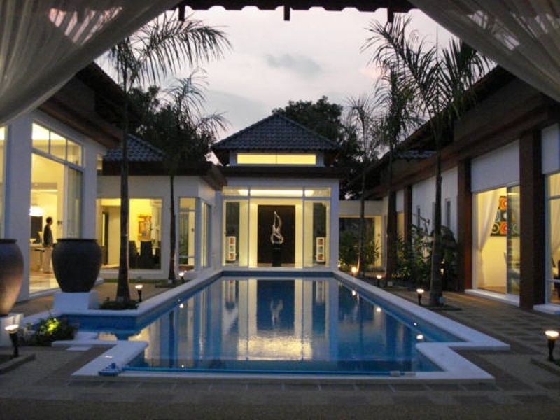 outstanding luxury bungalow floor plans. We give you the best picture gallery luxury and elegant bungalow house plans  at Leisure Farm Singapore for your minimalist landscape design Luxury Elegant Bungalow House Plans