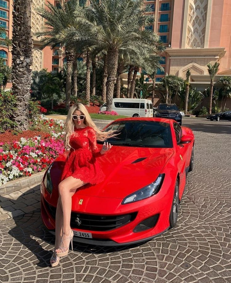 Ferrari Car Show: Pin On Car Girls