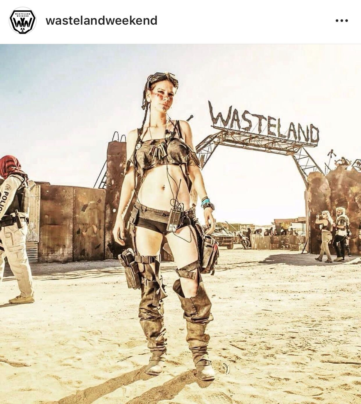 Post Apocalyptic Wasteland Weekend Dystopian Fashion Post Apocalyptic Girl Post Apocalyptic Fashion Wasteland Weekend