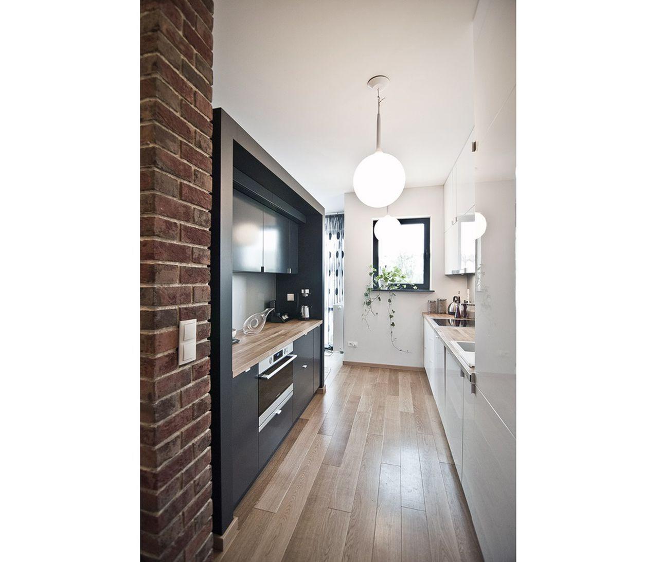 Szara Kuchnia Na 20 Sposobow Najciekawsze Projekty Architektow Small Kitchen Kitchen White Kitchen