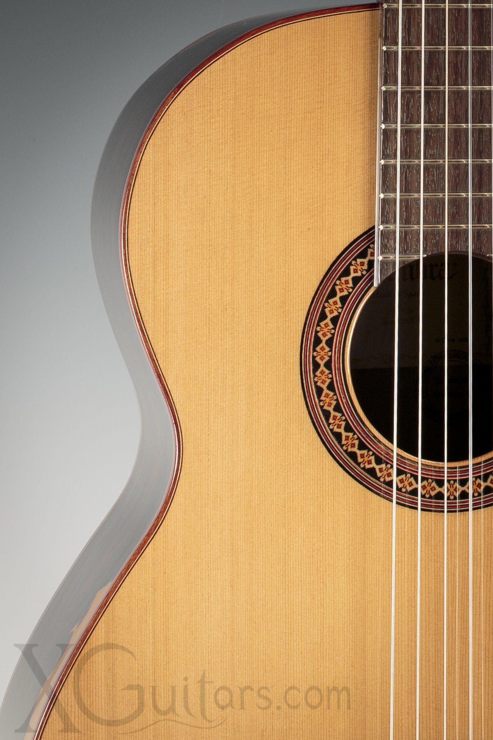 Alhambra 4z Ziricote Classical Guitar Xguitars Guitar Classical Guitar Guitar Notes