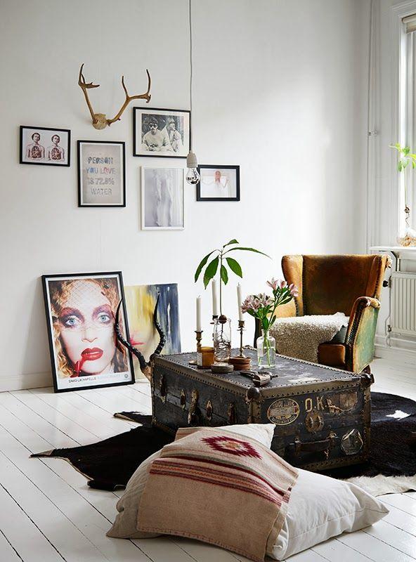 stilvoll wohnzimmer ideen wandgestaltung - distressed walls koffertisch stilvoll wohnen und