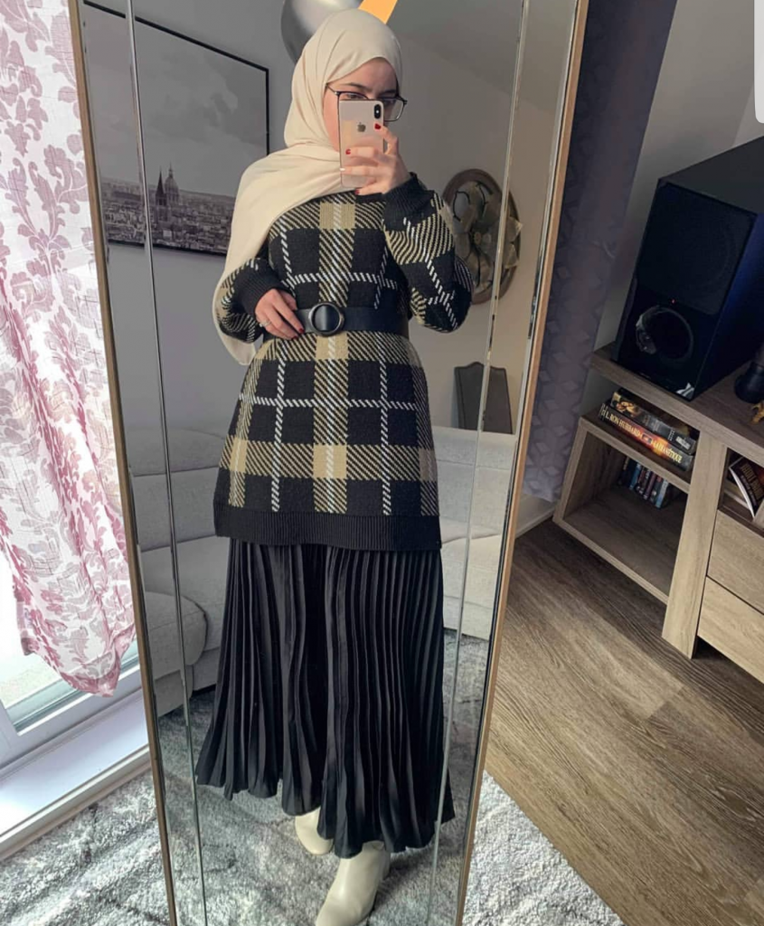 21 Modest Ways To Style Long Pleated Skirts With Hijab Fashion – Zahrah Rose