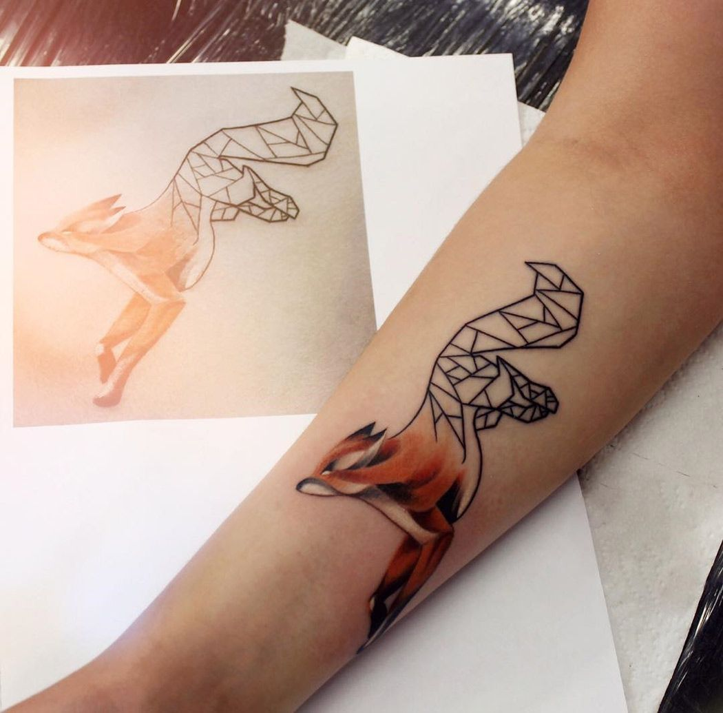 Cute Geometric Fox On Girl S Forearm Best Tattoo Ideas Designs Geometric Tattoo Sleeve Tattoos Tattoos For Guys