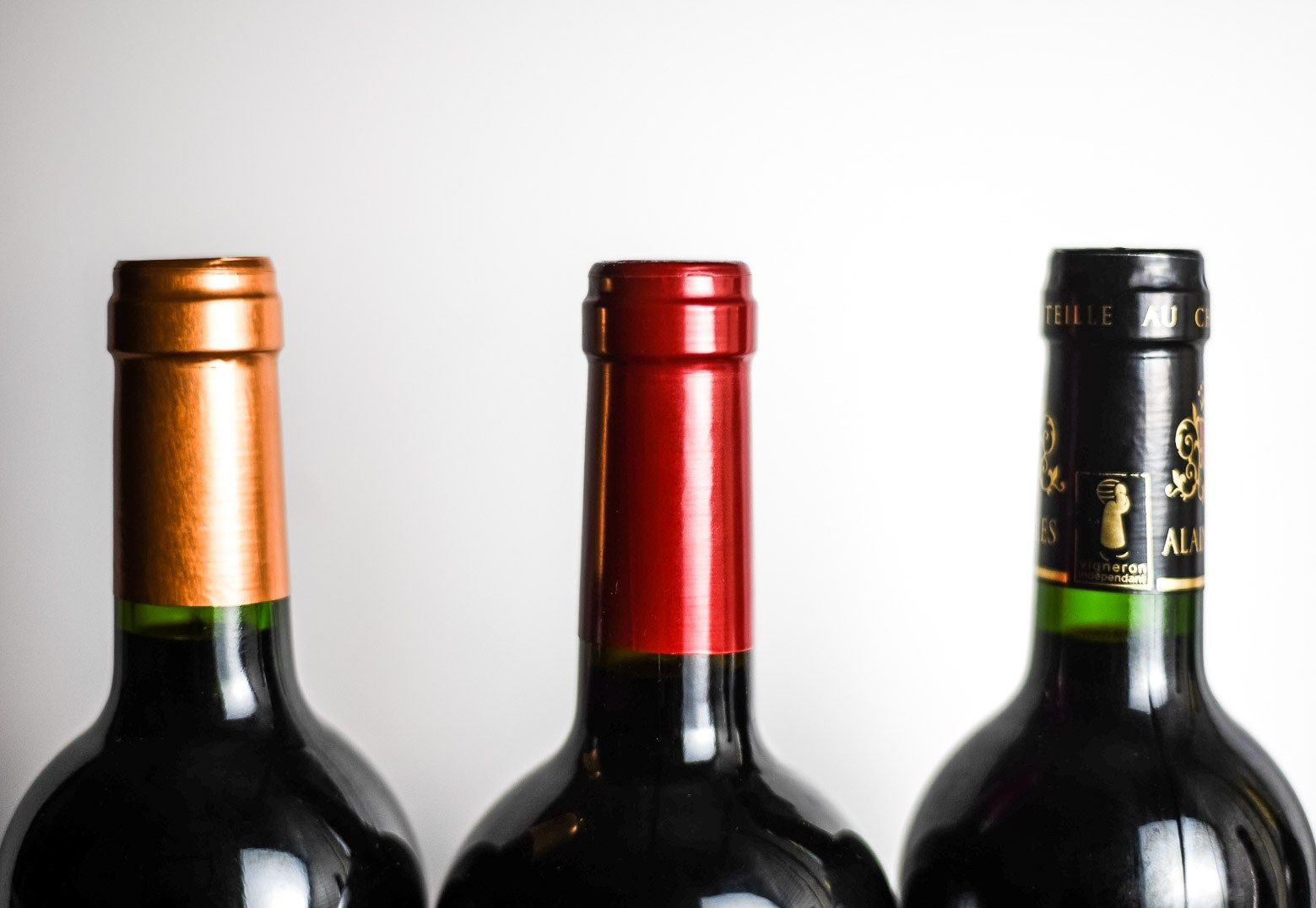 Holiday Wine Guide For Vegans And Vegetarians Plant Vine Holiday Wine Wine Guide Wine Pairing