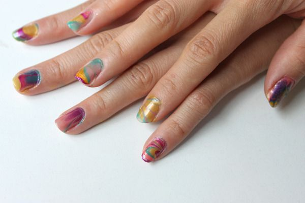Pretty and fun diy do it yourself inspiration pinterest syl and sam tutorial water marbled nails solutioingenieria Image collections