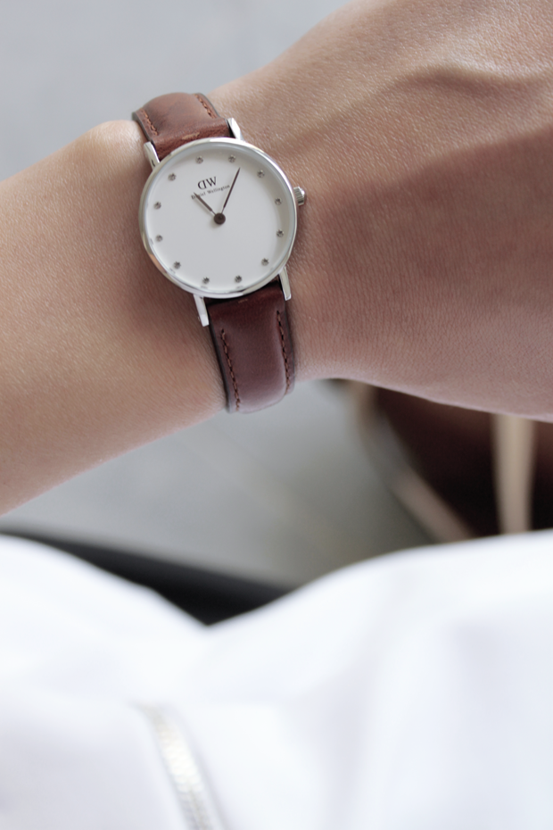LAST CALL! ONly today you can shop Daniel Wellington watches with 15 ... bfca88e6562