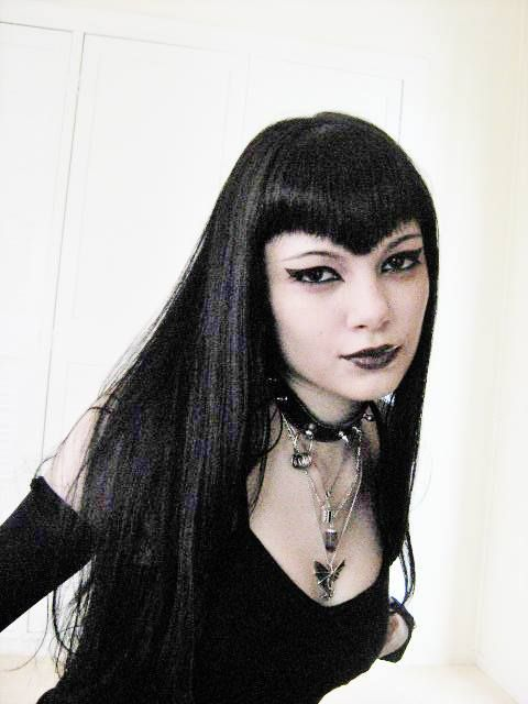 This Goth Fringe Would Look So Fucked Up On Me Metalgoth Girls