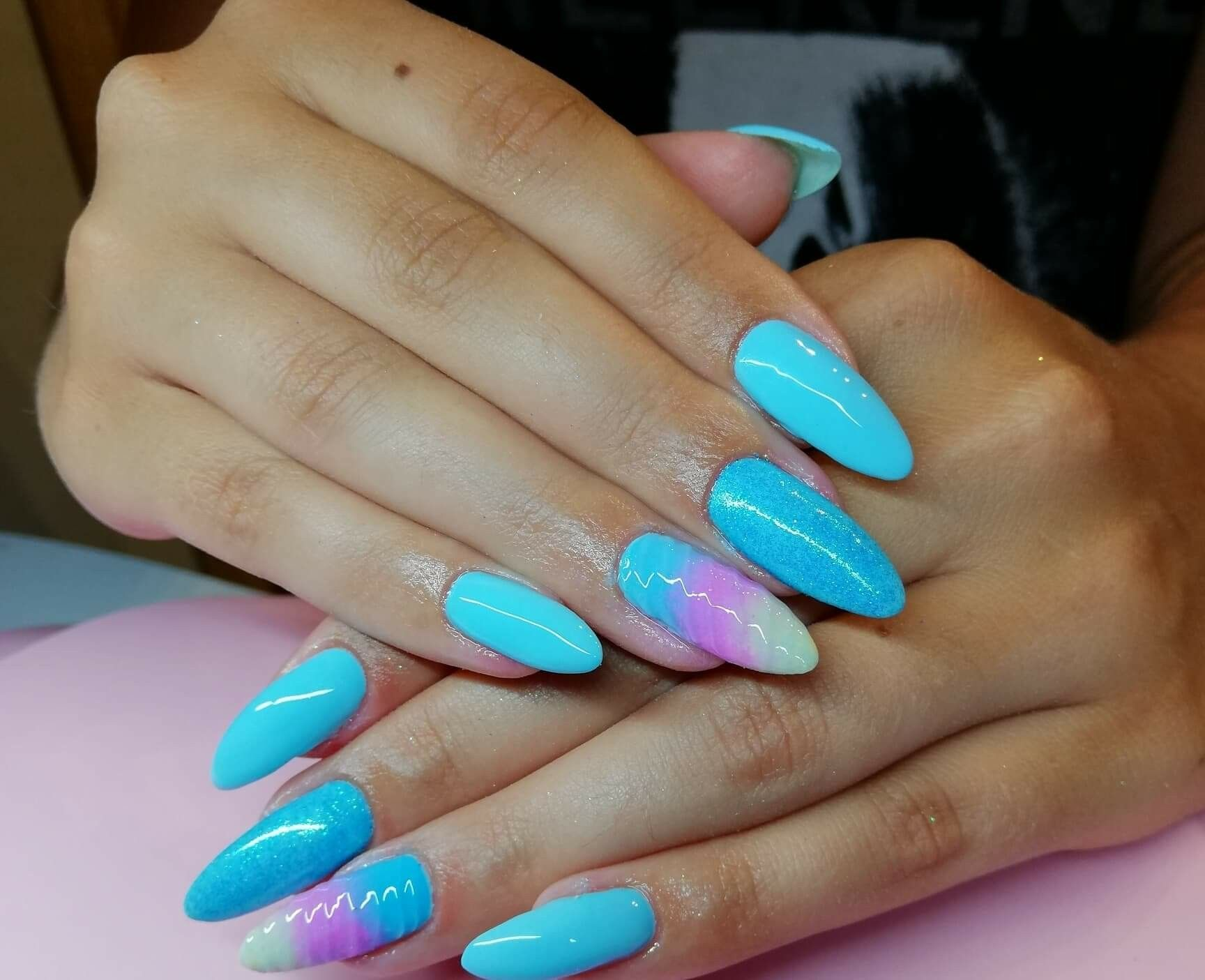 Blue Nails Mermaid Ombre With Images Paznokcie