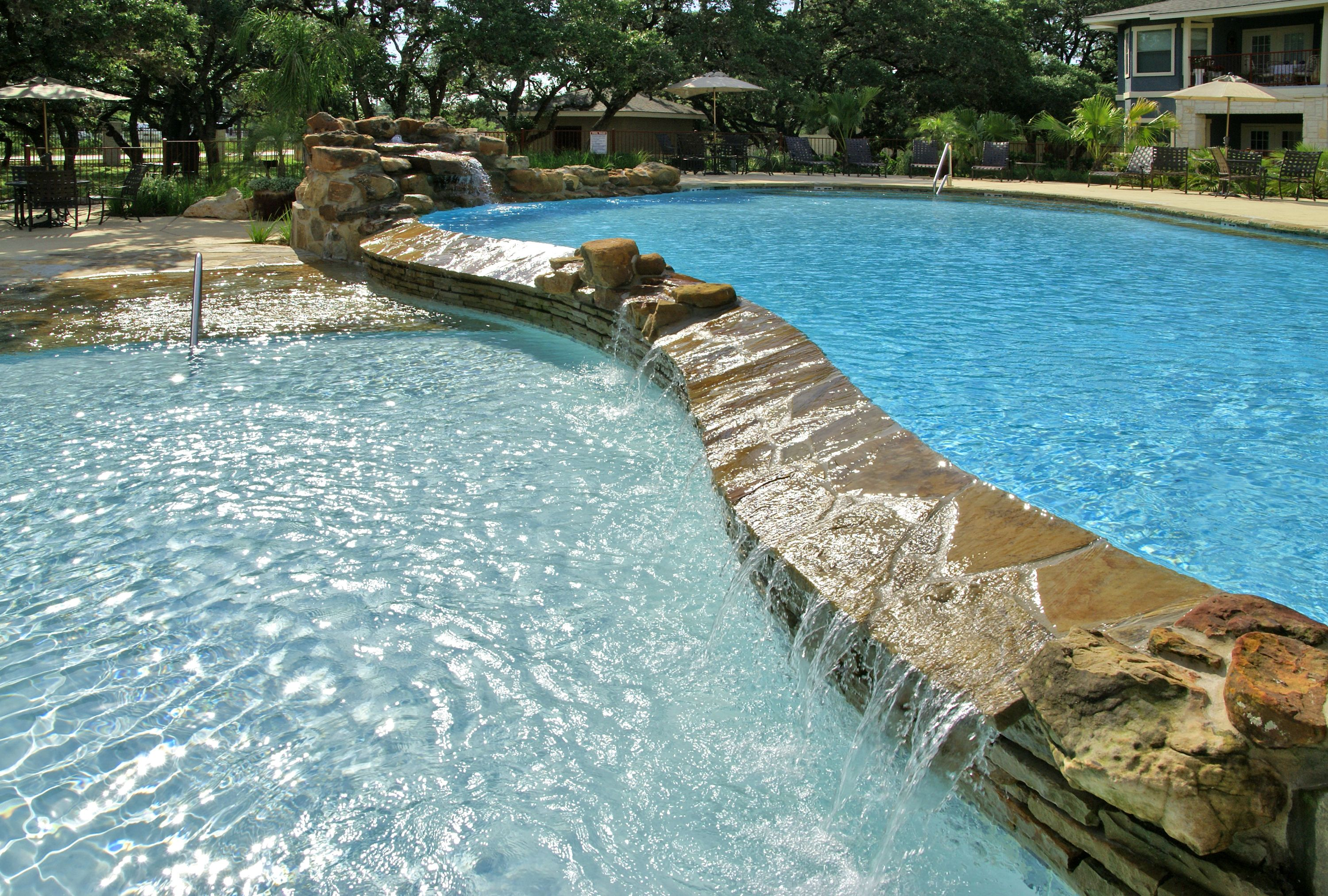 Hill Country Apartment Pool With A Negative Edge That
