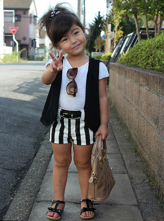 How Cute Is This  Fashion Kids Instagram Showcases Pint Sized Fashion Plates 93dda5241d3
