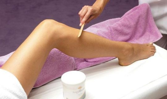 Tips For Rash Free Waxing Http Www Buzzintown Com Article Review Tips Rash Free Waxing Id 874 Bikini Hair Removal Best Hair Removal Products Body Waxing