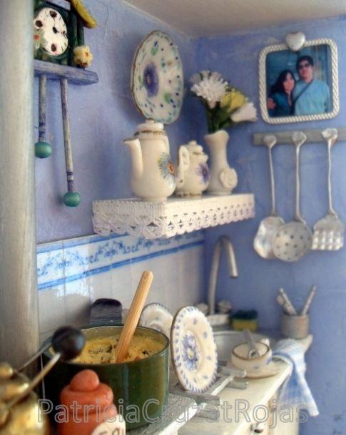 Detalle cuadro cocina con miniaturas para regalo matrimonio