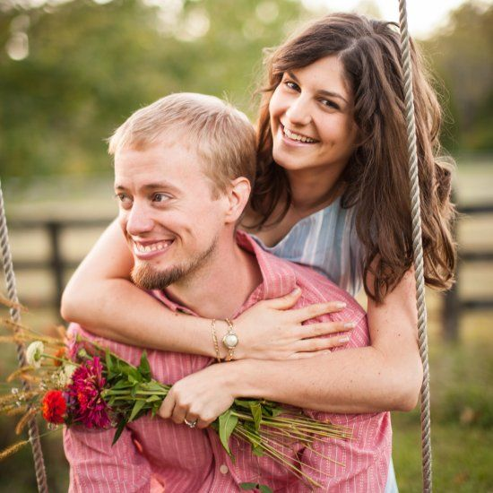 An autumn country cottage engagement session in Virginia by Bethany Snyder Photography.