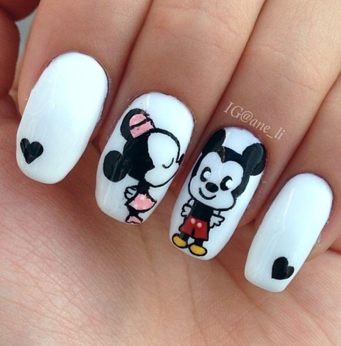 Pin By Leeann Mitchell On Nails Pinterest Disney Nails Disney