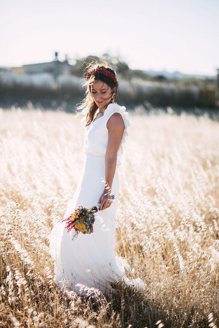 A bebaus closet bride for a country colours inspired wedding pilar