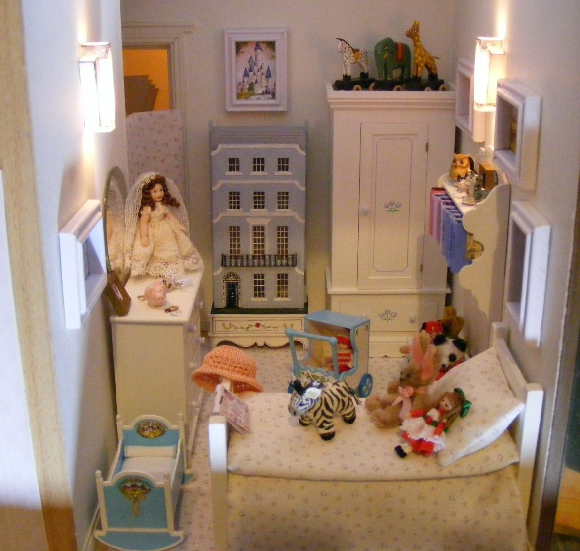 An Art Deco Dolls House Made And Furnished By Artisans By Jazz   Dollsu0027  Houses