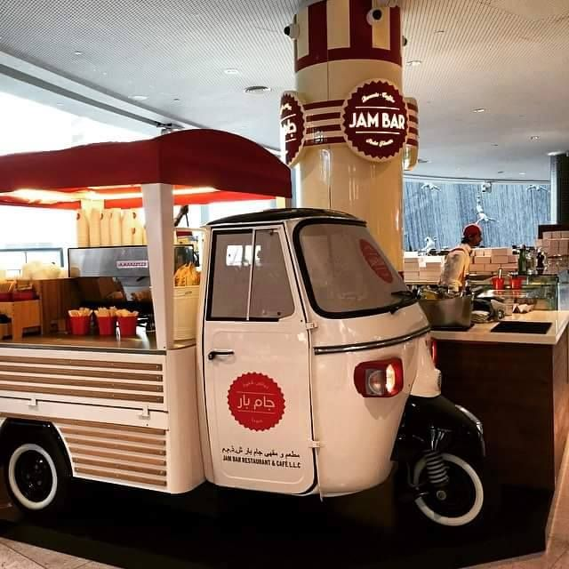 Tuk Tuk Dubai Mall Jam Bar Piaggio Ape