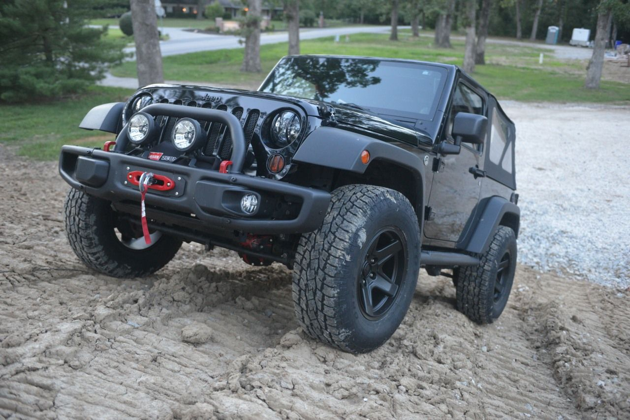 Mammoth with 33 toyo open country at ii jeep wrangler forum