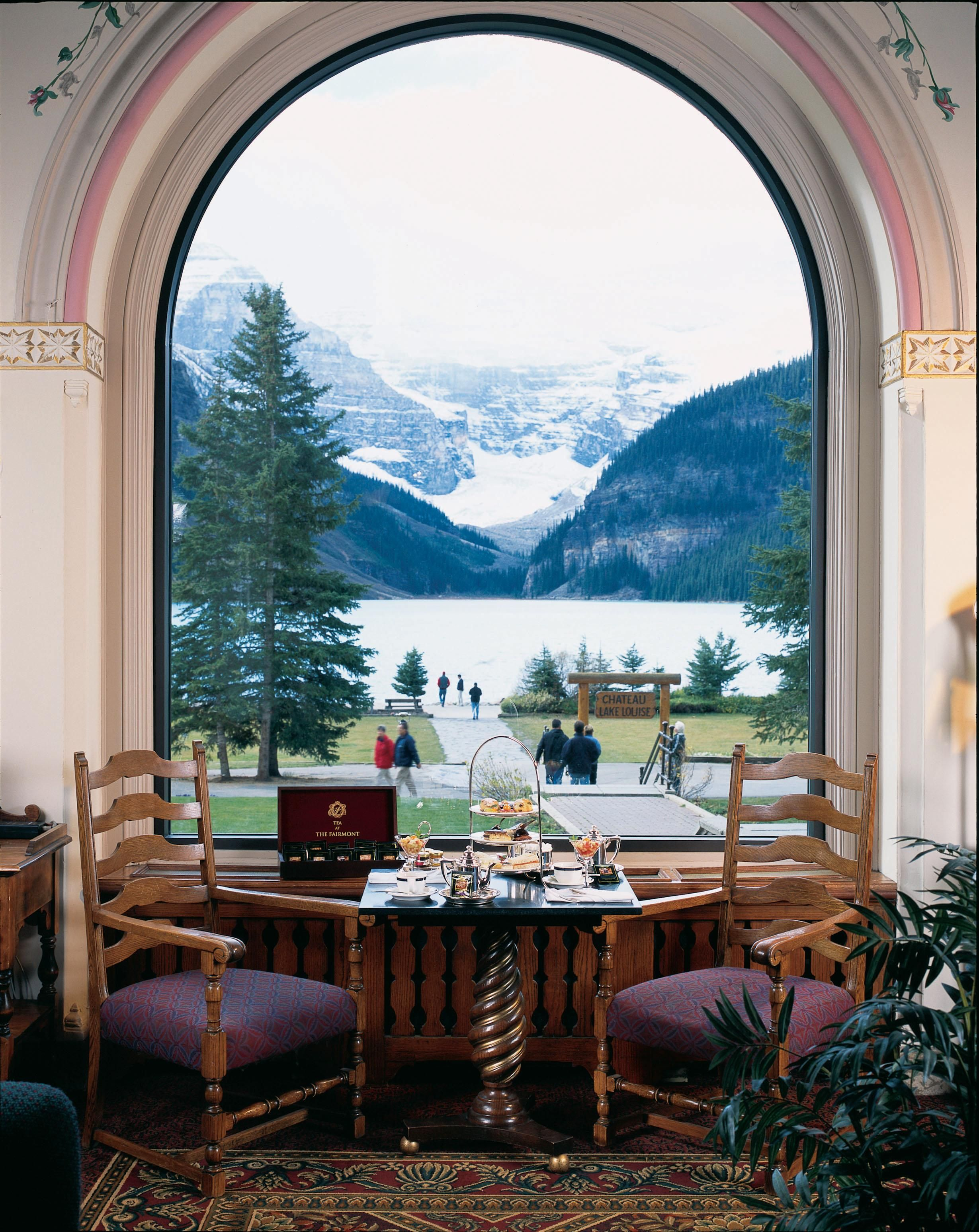 Chateau Lake Louise Lodging In Canadian Rockies Pinterest Canadian Rockies