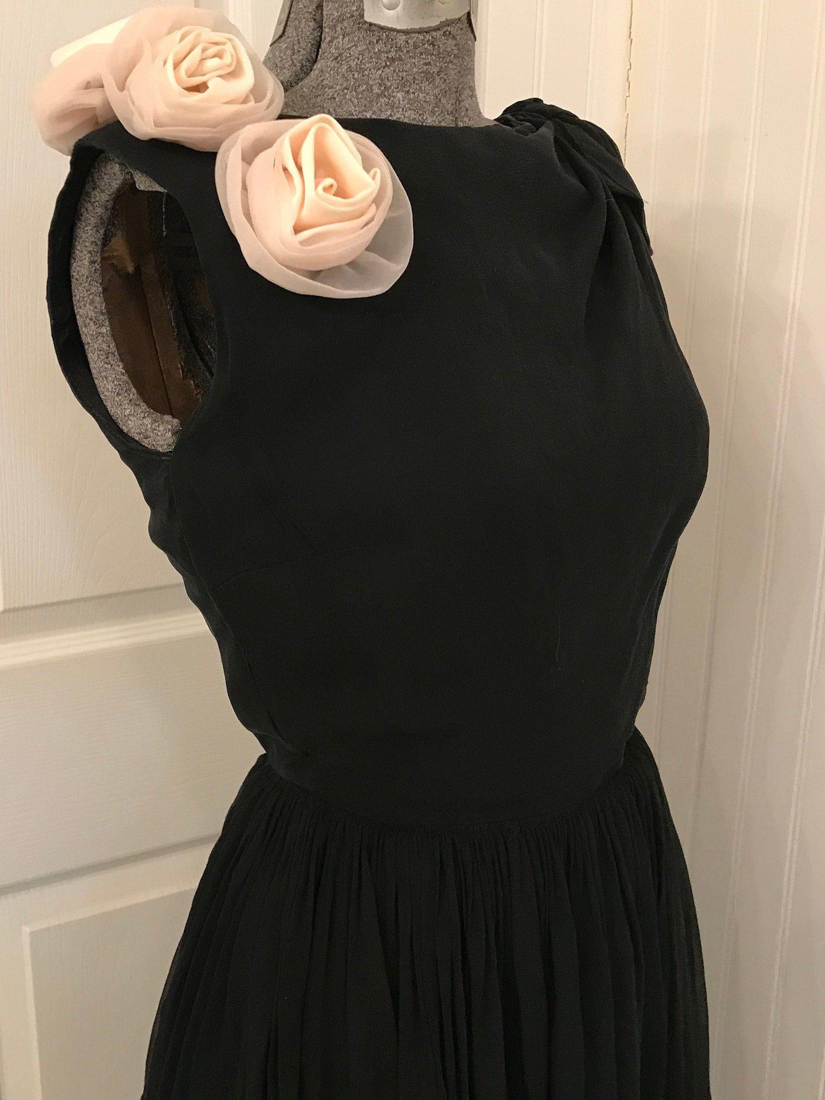 Vintage 1950 S Black Party Dress Chiffon White Flowers Black Bow B 32 By Hatmvintage On Etsy Black Party Dresses Vintage 1950s Dresses Dresses [ 2250 x 1687 Pixel ]