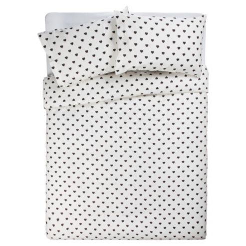 Buy Tesco Double Heart Polka Dot Print Duvet Cover Set from our Double Duvet Covers range - Tesco.com