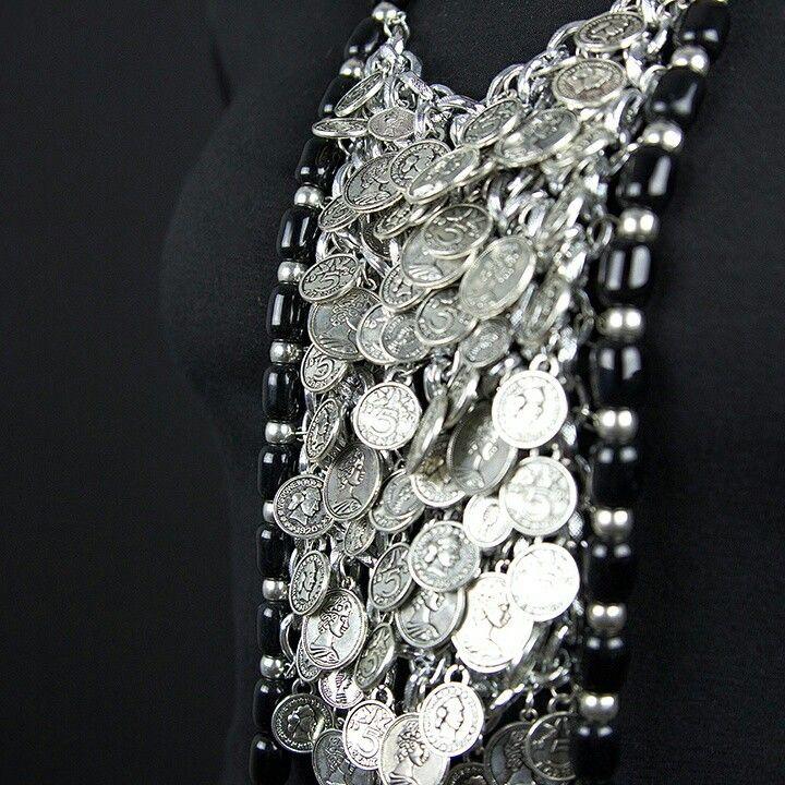 #Necklace. #Jewelry. #Schmuck #gioielli #bijoux. Divina Locura. Colección Dolce Suono. #Collar ARABELLA