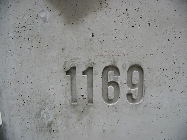 Diy concrete house numbers