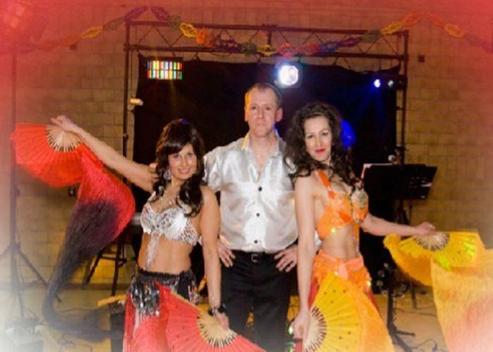 Maestro Musikgruppe Und Tamada Musikgruppe Und Tamada In Schweinfurt Aus Bayern Maestro Musikgruppe Und Tamad Russische Musik Hochzeitsmusik Russische Hochzeit
