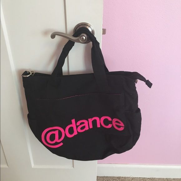Dance Bag Very cute! used only a few times, looks amazing! perfect for dance, or for anything else! Price is negotiable! Bags