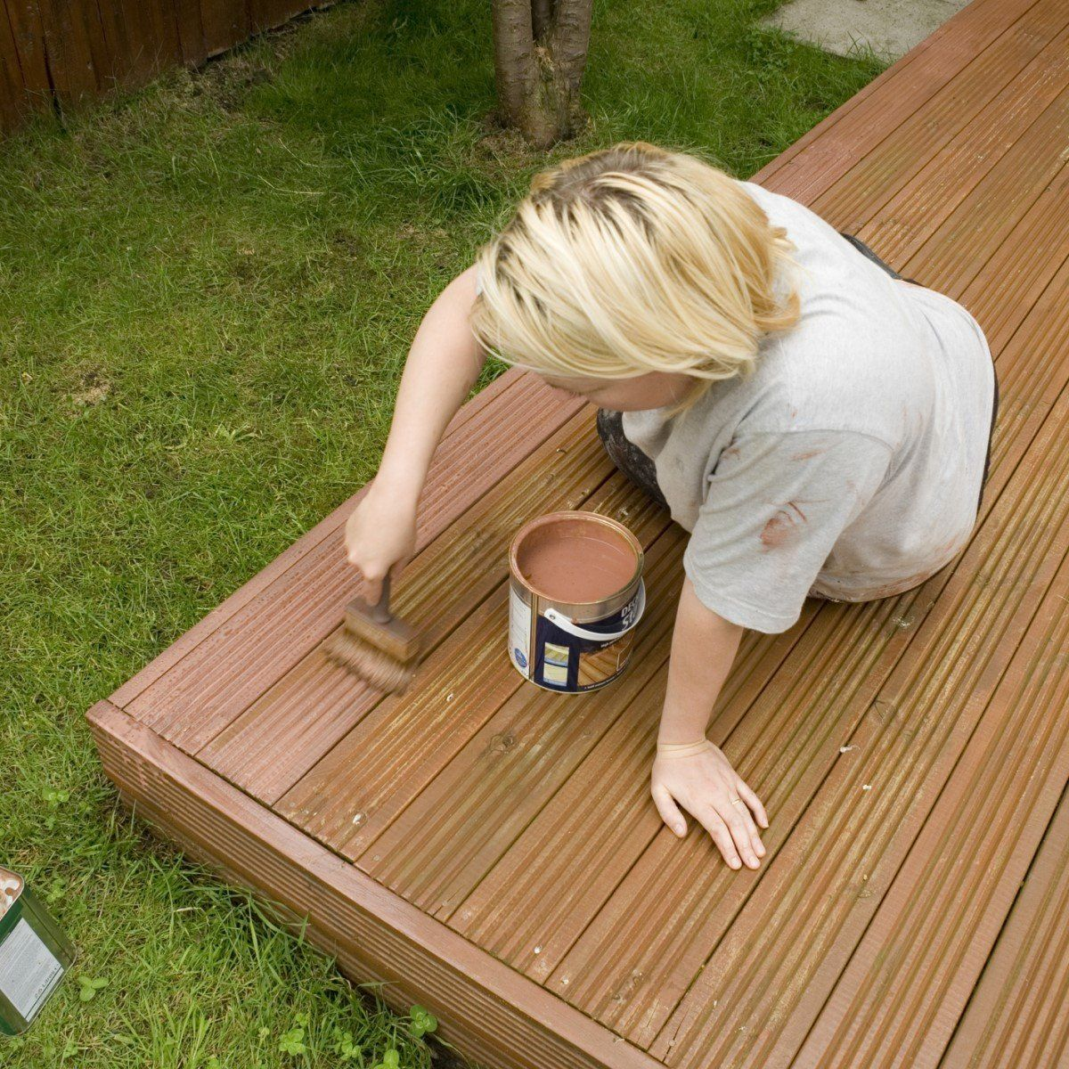 The Best Deck Paints For Diyers Deck Paint Cool Deck Outdoor Deck Decorating