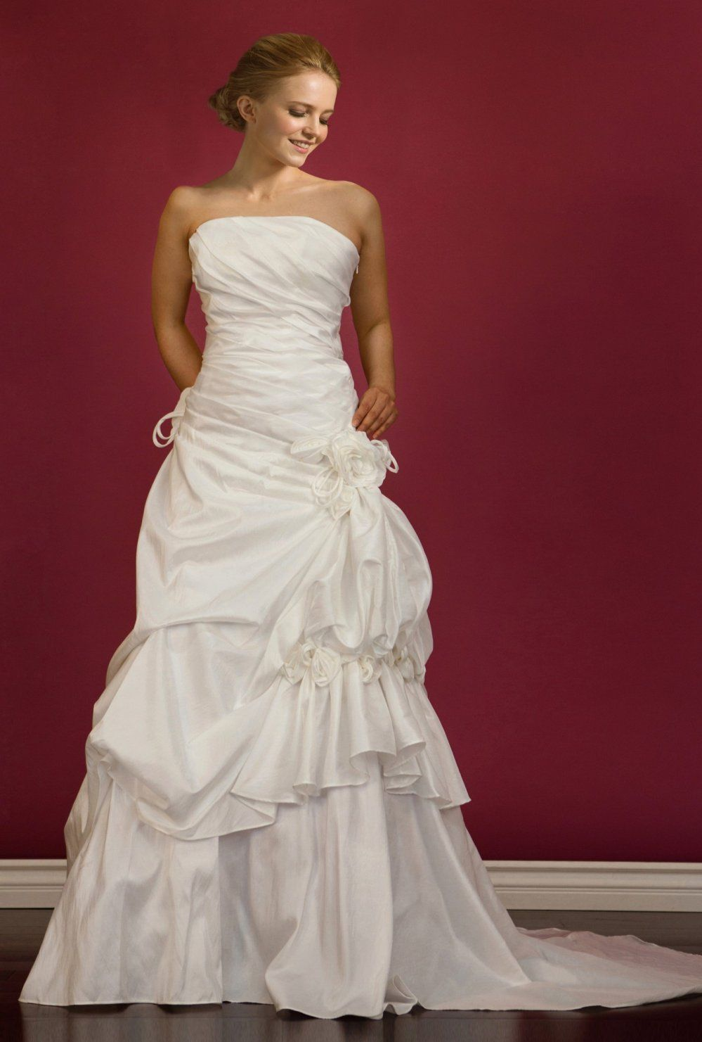 49+ Tiered wedding dress with straps ideas