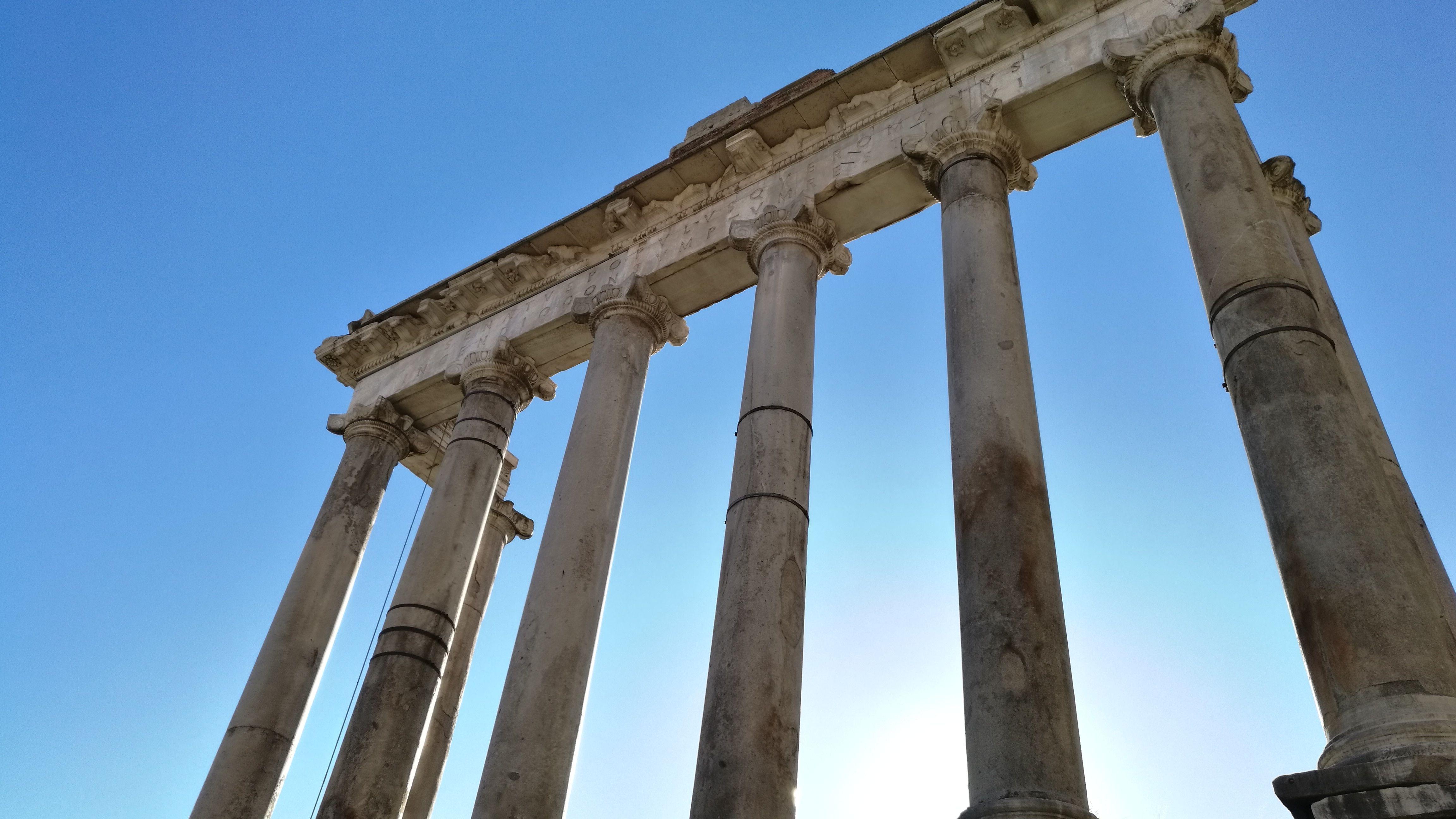Senatus Populusque Romanus (SPQR), unas de las siglas más conocidas de la historia allí donde se escribieron por primera vez.