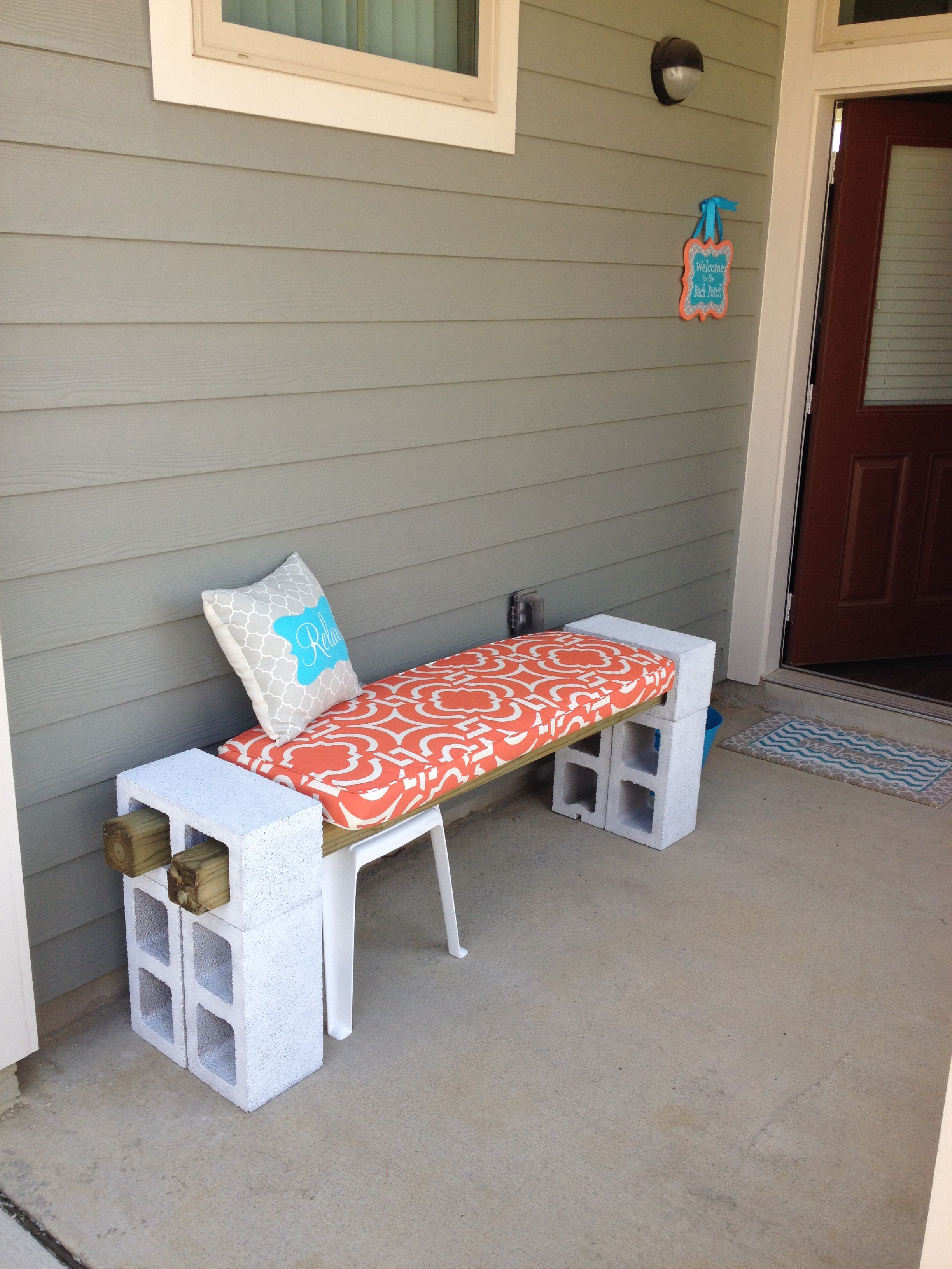 Diy Patio Bench Cinder Blocks 4x4 S And Paint Is All You