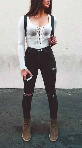 edgy outfit ideas for school 2018 with jeans ripped high waisted